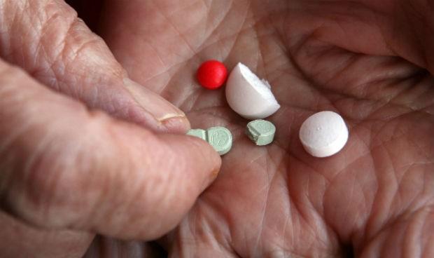 seis-farmacos-por-anciano-limite-para-evitar-errores-de-prescripcion-5805_620x368